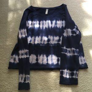 American Rag blue tie dye pullover